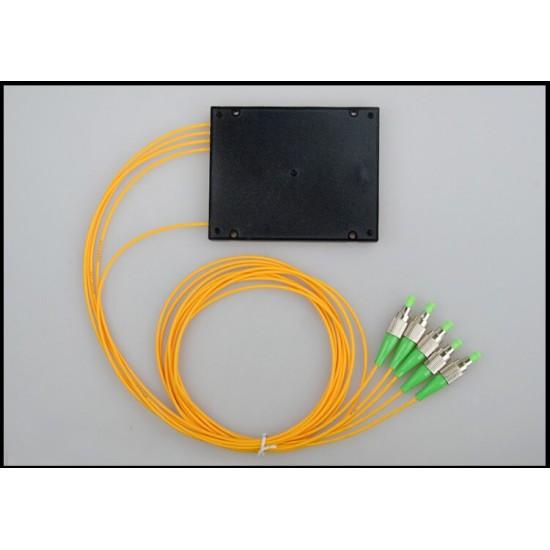Fiber optic splitter 1:4 FC APC Cassette PLC 1x4 optical splitter 1x4 ABS box CATV FTTH